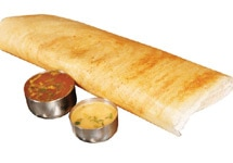 This delicious crispy dosa can be made instantly and is one of the breakfast varieties of South India.