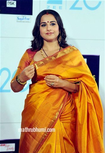 Mumbai: Bollywood actor Vidya Balan at the Zee Cine Awards 2013 in Mumbai on Sunday. PTI Photo<br/>